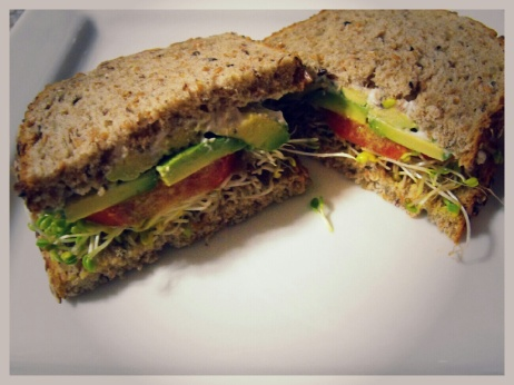 Looks delicious doesn't it?  This is such a simple sandwich to make and is a great option to pack in some veggies without a salad.